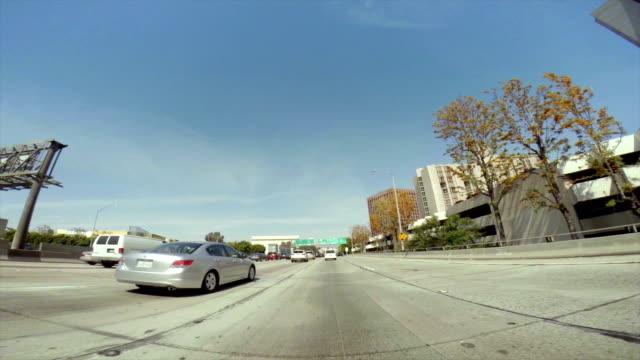 WS POV Fahren Sie auf Los Angeles leicht über den Freeway