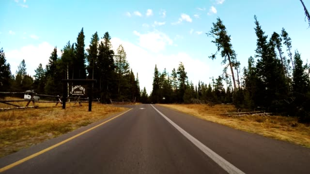 driving on wyoming the grand teton national park