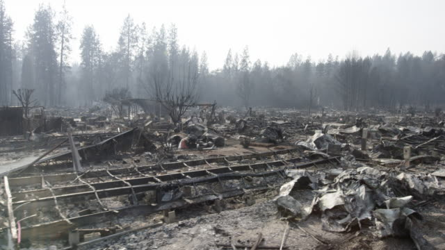 stockvideo's en b-roll-footage met pov, driving past wildfire rubble in california - vernieling