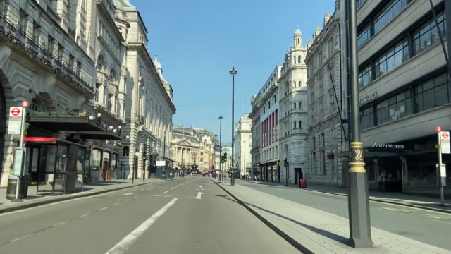 driving shot through the nearly empty streets of london, england during the covid-19 pandemic. - healthcare and medicine or illness or food and drink or fitness or exercise or wellbeing stock videos & royalty-free footage