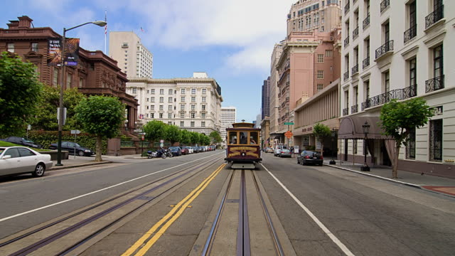 t/l pov driving through downtown san francisco, california, usa - tram stock videos & royalty-free footage