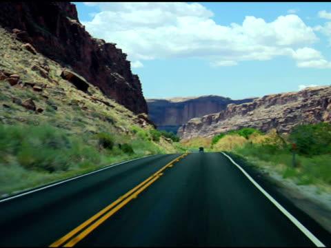 stockvideo's en b-roll-footage met driving through scenic views #06 - zandsteen