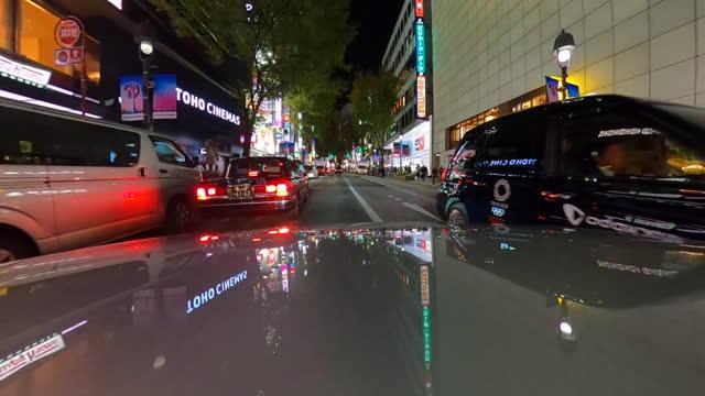 driving through shibuya crossing in tokyo - plusphoto stock videos & royalty-free footage