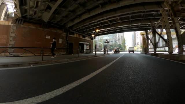 vídeos y material grabado en eventos de stock de conducir por la ciudad / tokio - vehículo terrestre