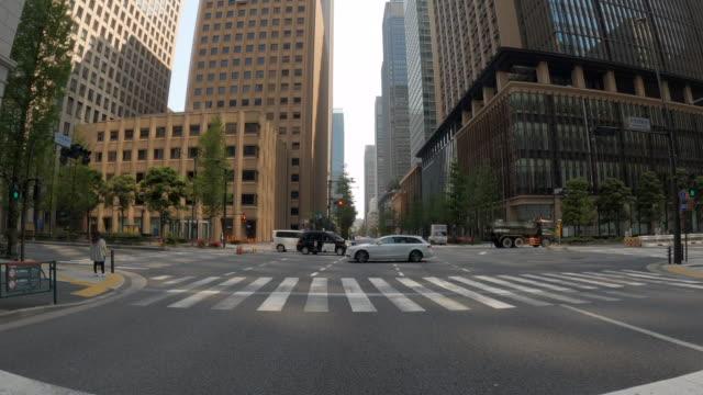 vídeos y material grabado en eventos de stock de conducir a través de la tokio / vacío / tiempo corona - calle urbana