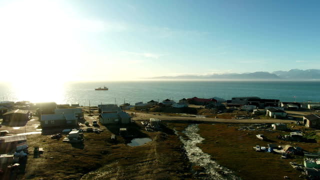 drone aerial shots of the community of pond inlet on the coast of baffin island>> on august 08 2017 in pond inlet canada - inlet stock videos & royalty-free footage