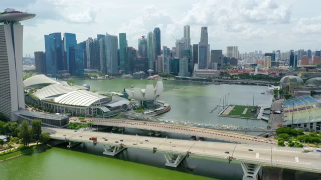 drone aerial view 4k footage of singapore skyscrapers with city. - southeast asia stock videos & royalty-free footage