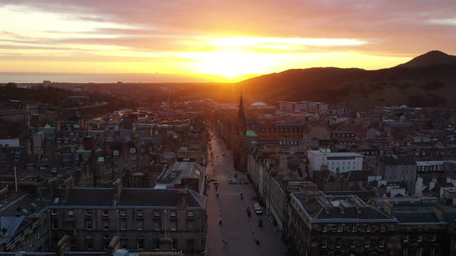 drone aerials of empty streets during the coronavirus lockdown on 20 april 2020 in edinburgh, scotland - city stock videos & royalty-free footage