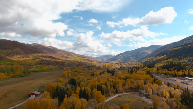 drone captured a breathtaking landscape video that shows fall colors near oakley, utah, on october 7. chris williams filmed a series of videos and... - https stock-videos und b-roll-filmmaterial
