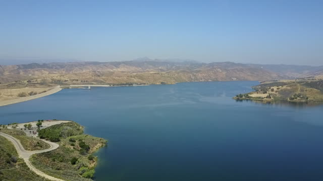 ktla drone pov castaic lake - castaic lake stock videos and b-roll footage