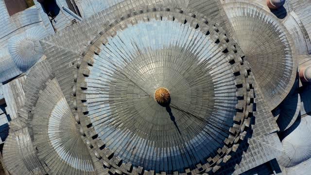 hagia sophia's dome 4k drohne nahaufnahme - kuppeldach oder kuppel stock-videos und b-roll-filmmaterial