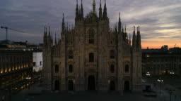 Drone Duomo Milano. 4K