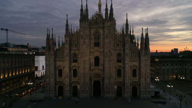 drone duomo milano. 4k - gothic style stock videos & royalty-free footage