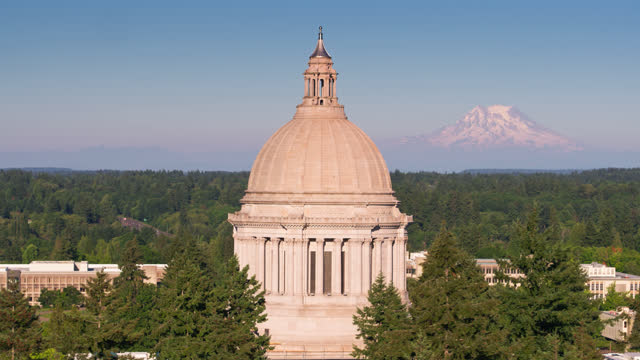 drone flight around dome of washington capitol building - snowcapped mountain stock videos & royalty-free footage