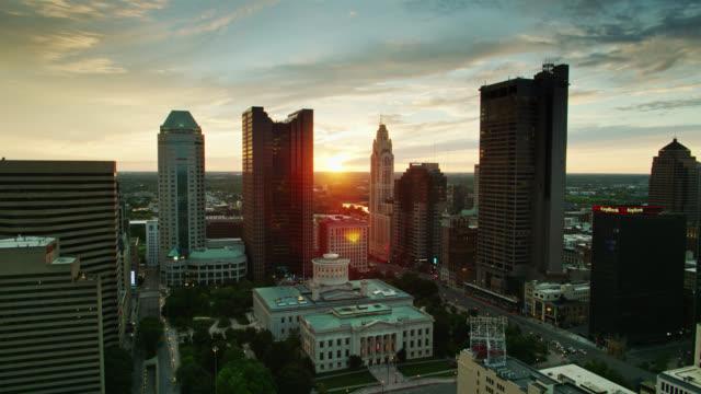 drone flight over ohio state capitol as sun hits horizon - ohio stock videos & royalty-free footage