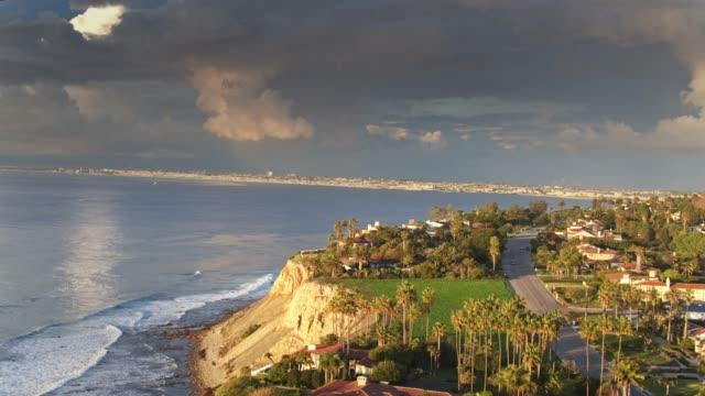 drone flight over palos verdes with beachfront la communities beyond - palos verdes stock videos & royalty-free footage