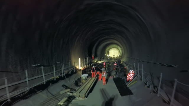 Drone footage of Crossrail construction in early 2015