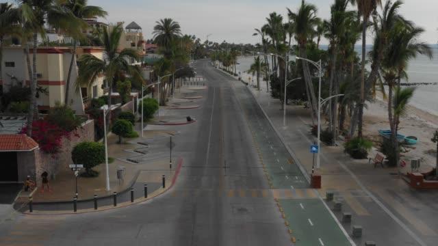 drone footage of empty street in la paz, baja california during covid. - baja california peninsula stock videos & royalty-free footage