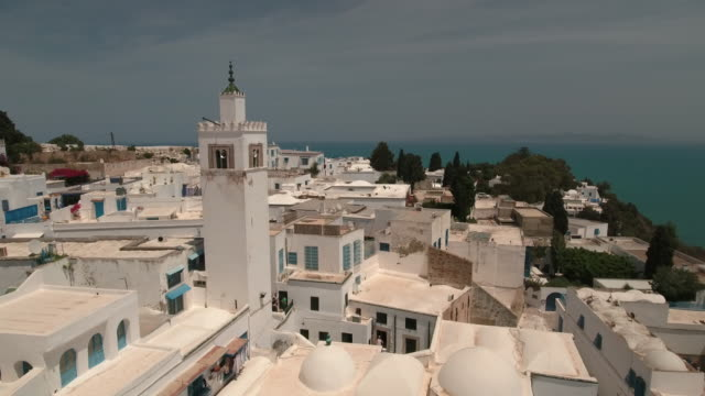 drone main street, tunis, mosque - tunis stock videos & royalty-free footage