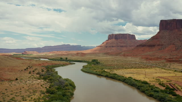 drone over the colorado river, near moab, utah - river colorado stock videos & royalty-free footage