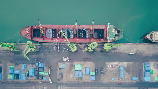 t/l drone point view of cargo ship in the port - coal mine stock videos & royalty-free footage