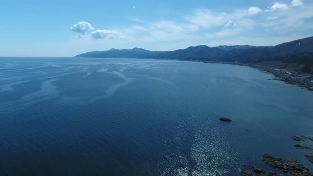 vidéos et rushes de drone: sea off hakodate, hokkaido, japan - océan pacifique