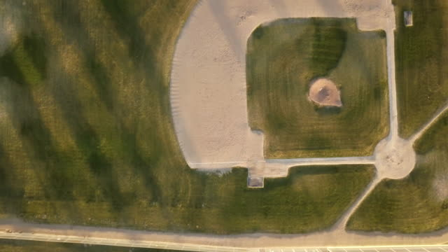 drone shot empty baseball diamond - baseball diamond stock videos & royalty-free footage