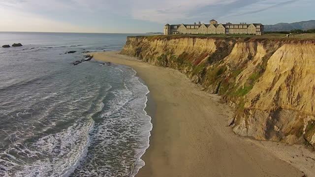 Drone Shot Low to Rise Up: Ritz-Carlton Half Moon Bay