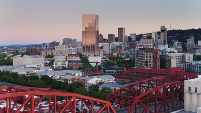 drone shot of downtown portland revealing broadway bridge - portland oregon sunset stock videos & royalty-free footage