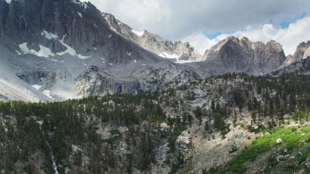 drone shot of onion valley in the california high sierra - wilderness area stock videos & royalty-free footage