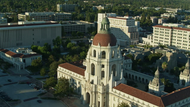 drone shot of pasadena city hall - pasadena california stock videos & royalty-free footage