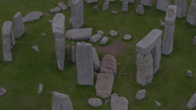 drone shot of stonehenge starting out on the ground and ending with a birdõs-eye view of the site on august 29, 2018 in wiltshire, england. - elevated view stock videos & royalty-free footage