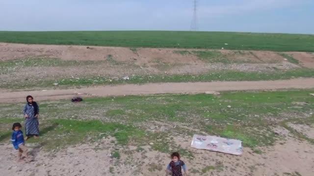 drone view of kharbat refugee camp near mosul iraq on april 1 2017 - 四月点の映像素材/bロール