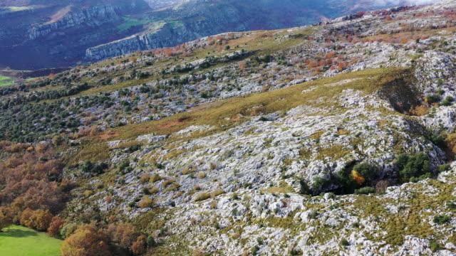 drone view of landscape in mortero de astrana, astrana, soba valley, valles pasiegos, cantabria, spain, europe - soba stock videos & royalty-free footage