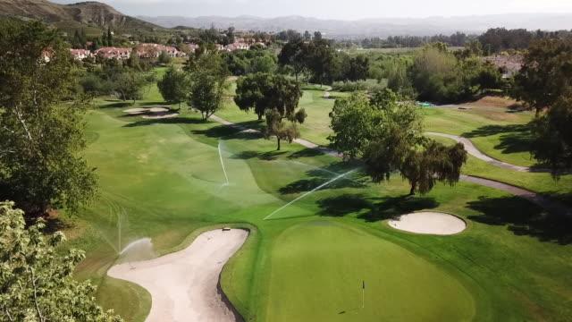 ktla drone pov wood ranch golf club - golf course stock videos & royalty-free footage
