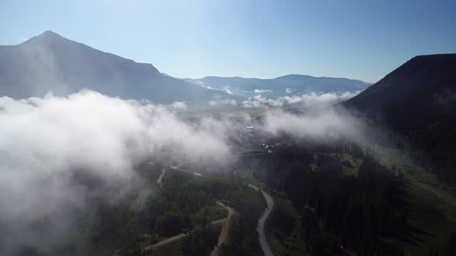 drones: an aerial road trip - western usa stock videos & royalty-free footage