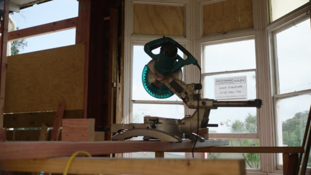 dropsaw in building site - erkerfenster stock-videos und b-roll-filmmaterial