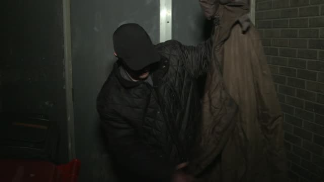 stockvideo's en b-roll-footage met drug addicts in middlesbrough to receive diamorphine twice a day in uk-first scheme; uk, middlesbrough; interviews with drug user 'chrissy' / drug... - torso