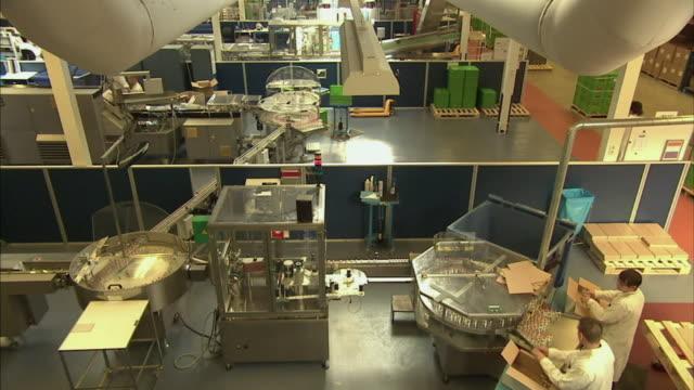 ws ha td drug manufacturing plant, boxmeer, netherlands - boxmeer video stock e b–roll