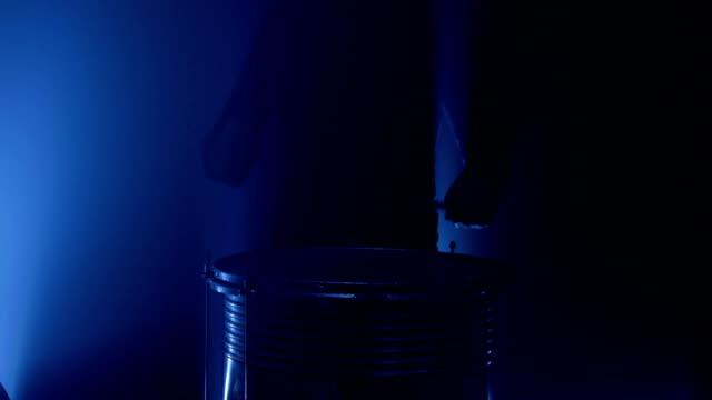 stockvideo's en b-roll-footage met drum two - drum