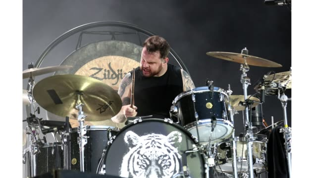 drummer ben thatcher of royal blood perform live on the main stage during day one of reading festival 2019 at richfield avenue on august 23, 2019 in... - reading and leeds festivals stock videos & royalty-free footage