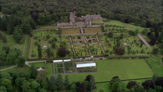 drummond castle and garden - perthshire stock videos & royalty-free footage