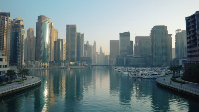 dubai marina on an early morning - bay of water stock videos & royalty-free footage