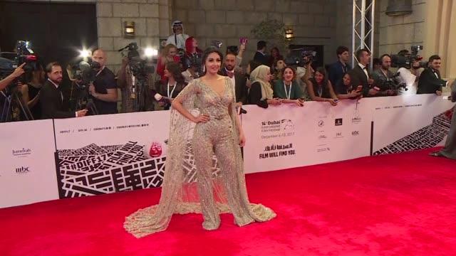 vídeos de stock, filmes e b-roll de dubai's international film festival opens bringing together britain's patrick stewart india's irrfan khan and egypt's wahid hamed cinema stars from... - festival de cinema
