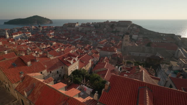 vídeos y material grabado en eventos de stock de dubrovnik old town walls - región de dalmacia croacia