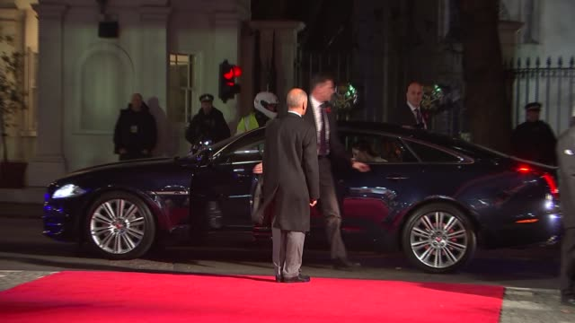 duchess of cambridge at 'a street cat named bob' premiere england london curzon mayfair ext / night photography*** catherine out of car and along red... - premiere stock videos & royalty-free footage