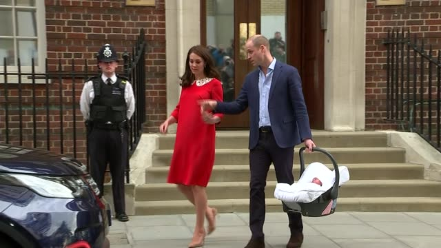 Duchess of Cambridge gives birth to baby boy ENGLAND London Paddington EXT Prince William Duke of Cambridge and Catherine Duchess of Cambridge away...
