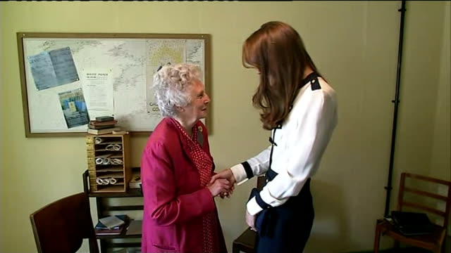 duchess of cambridge visits bletchley park england oxfordshire bletchely park photography*** catherine duchess of cambridge into room and shaking... - blouse stock videos & royalty-free footage