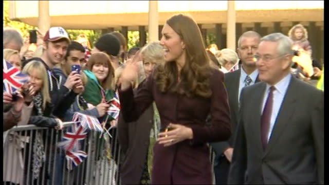 duchess of cambridge visits newcastle / duke of cambridge attends funeral of former nanny england newcastleupontyne newcastle civic centre ext... - 公爵点の映像素材/bロール