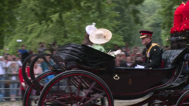 broll duchess of cornwall duchess of cambridge prince harry prince william prince charles princess anne at trooping the colour on 13th june 2015 in... - principessa video stock e b–roll